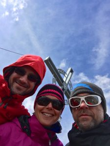 Das obligatorische Gipfelfoto, von links: Emanuel, Anne, Bernd