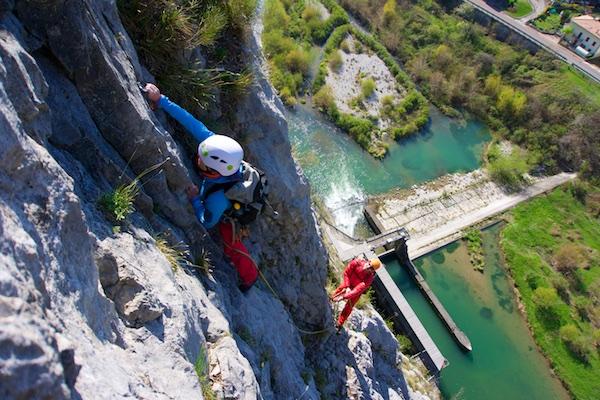 Während des Alpinkletter-Grundkurses in Arco, Italien